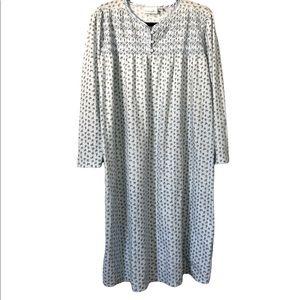 Vintage Vanity Fair Granny Nightgown, Large